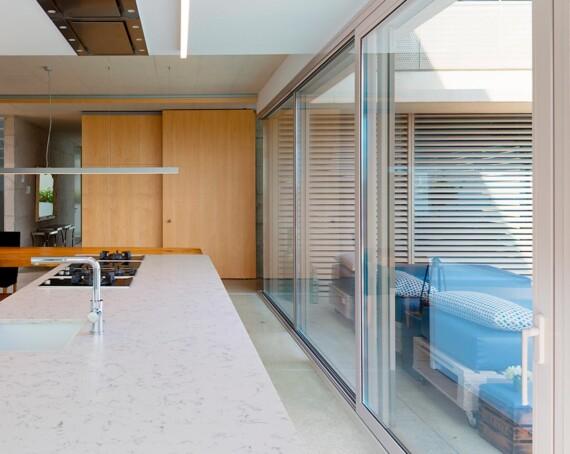 Tancaments de terrassa i finestres exteriors.